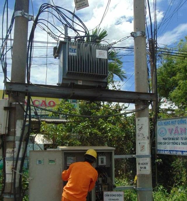 Trạm biến áp nơi xảy ra vụ cắt trộm dây điện (ảnh T.B)