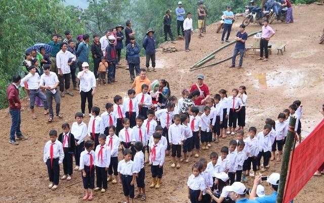 Khởi công xây dựng công trình phòng học Dân trí tại Điện Biên - 8