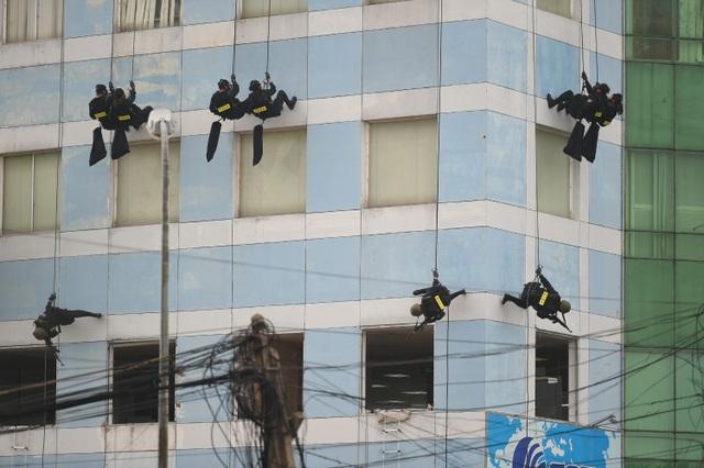 Lực lượng đặc nhiệm triển khai phương án chống khủng bố
