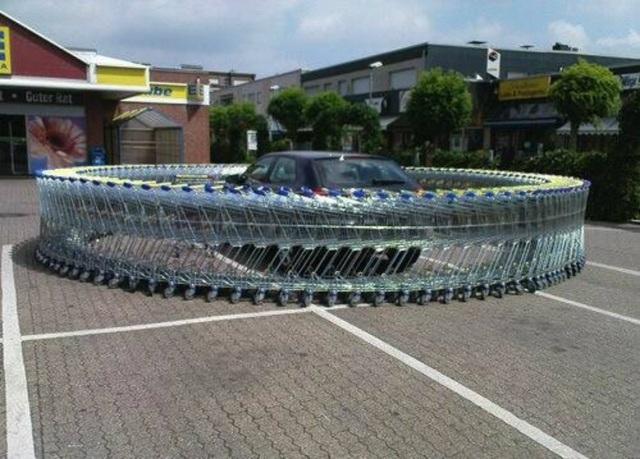 Đây là cách mà nhân viên siêu thị cảnh cáo khách hàng của mình về cách đậu xe vô ý thức.