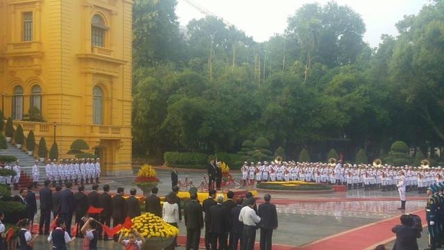 Bắn 21 loạt đại bác chào mừng Chủ tịch Trung Quốc tới Việt Nam - 11