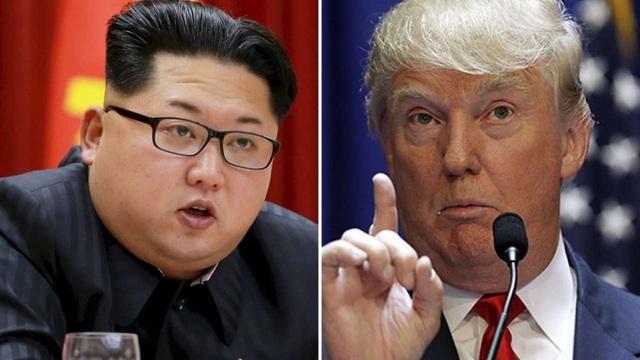 Tổng thống đắc cử Mỹ Donald Trump (phải) và nhà lãnh đạo Triều Tiên Kim Jong-un (Ảnh: SCMP)