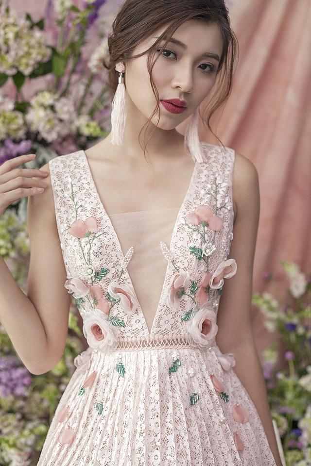Đồng Ánh Quỳnh biến hoá đa dạng với sắc hồng pastel từ hình ảnh nữ tính, thanh lịch cho đến quyến rũ, táo bạo.