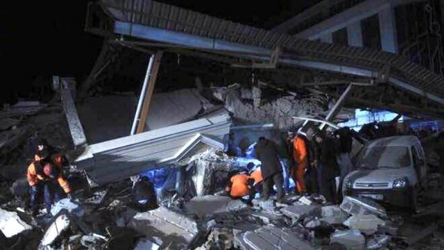 Hiện trường vụ động đất (Ảnh: SCMP)