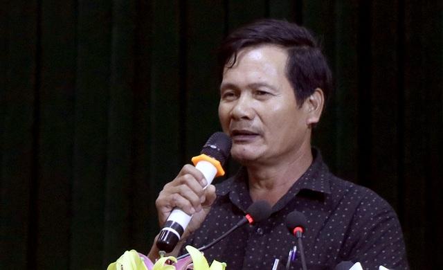 Ông Bùi Văn Kỷ - người dân xã Đồng Tâm, phát biểu ý kiến tại hội trường sau khi Thanh tra TP Hà Nội công bố bản Dự thảo Kết luận thanh tra.