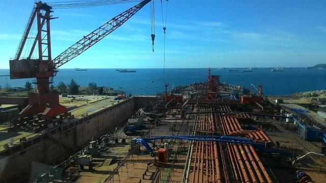Nhà máy Đóng tàu Dung Quất được lựa chọn phương án cho phá sản.
