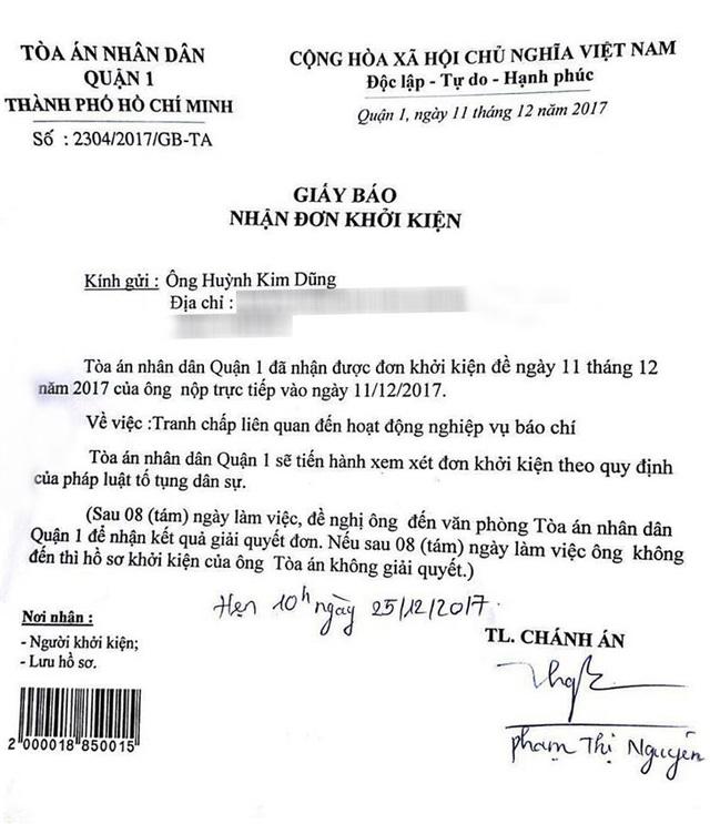 Theo thông tin từ tòa TAND quận 1, phía toàn án đã nhận đơn kiện của ông Huỳnh Kim Dũng và gửi giấy hẹn ngày 25/12 lên làm việc để đưa ra kết quả giải quyết đơn, thông báo có thụ lý đơn kiện của ông này hay không.