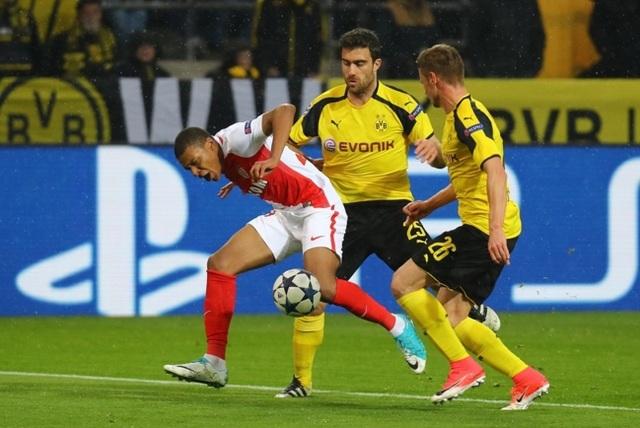 Dortmund gặp bất lợi lớn sau thất bại 2-3 trên sân nhà trước Monaco