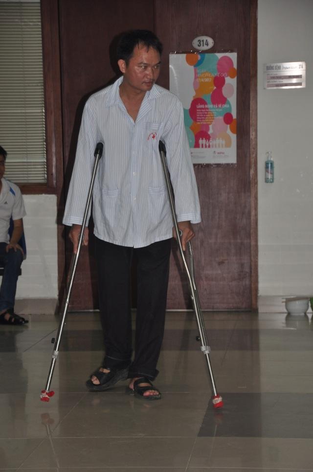 21 năm mắc chứng bệnh rối loạn đông máu khiến thầy giáo Hải phải chịu nhiều đau đớn.
