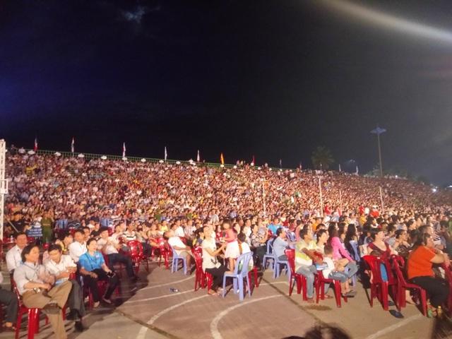 Hàng nghìn người dự lễ khai mạc Festival Biển Nha Trang - Khánh Hòa 2017
