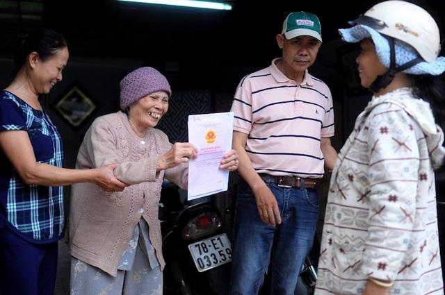 """""""Ba mũi giáp công"""" 2 năm, 80 bài báo đi tìm chân lý cho cụ bà 75 tuổi! - 3"""