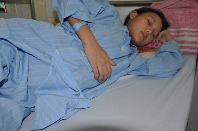 Đang mang thai ở tháng thứ 7, Mỵ được phát hiện bị suy tim nặng phải phẫu thuật.