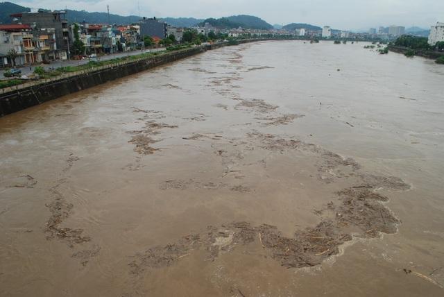 Lũ kép lớn xuất hiện trên thượng nguồn sông Hồng - 3
