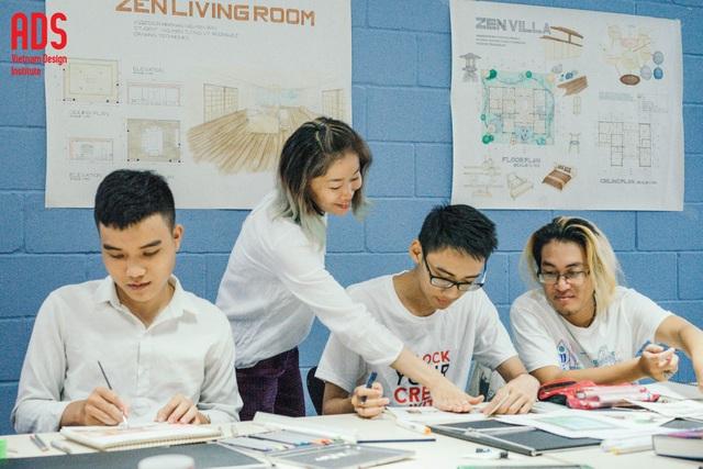 Một giờ học vẽ kỹ thuật của sinh viên tại Học Viện Thiết Kế Việt Nam ADS.