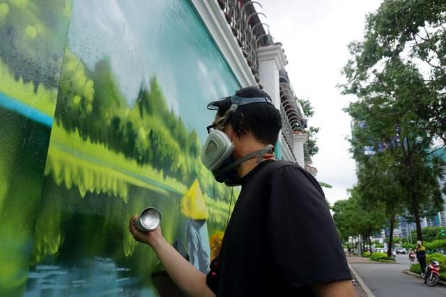 Những bức tranh về môi trường, biến đổi khí hậu hay các cảnh đẹp ở Việt Nam.