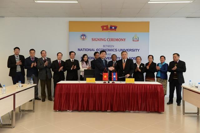 Đại học Quốc gia Lào và Đại học Kinh tế Quốc dân đã thiết lập hợp tác chặt chẽ trong nhiều năm.