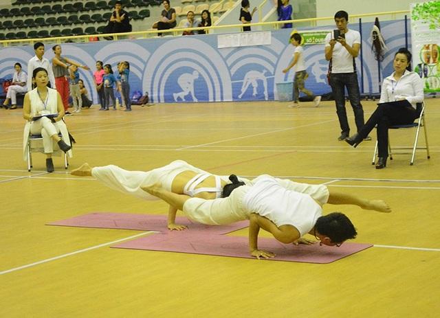 Cặp đôi Yoga nổi tiếng đất Hải Phòng vô địch giải Yoga toàn quốc - 7