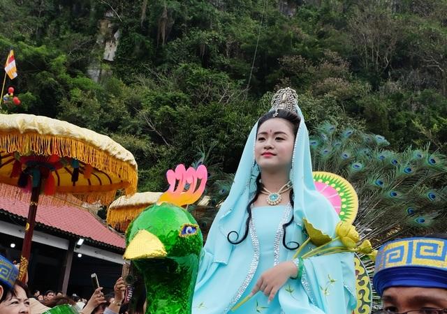 Chiêm ngưỡng hóa trang Bồ Tát trong lễ hội Quán Thế Âm - 7