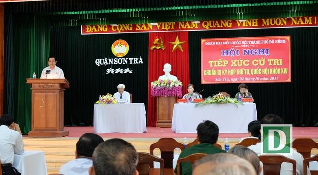 Các ĐBQH TP Đà Nẵng tiếp xúc cử tri quận Sơn Trà sáng 4/10.