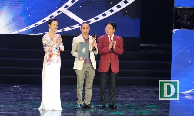 Đại diện phim hoạt hình Cậu bé Ma-nơ-canh đoạt giải Bông Sen Vàng