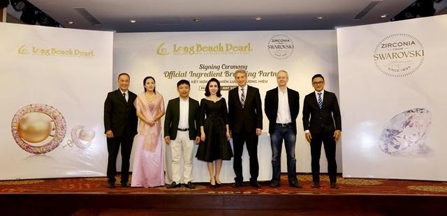 Sự hợp tác chiến lược với Tập đoàn đá quý Swarovski sẽ mở ra thời kỳ phát triển mới cho  Long Beach Pearl nói riêng và ngành trang sức Việt Nam nói chung.