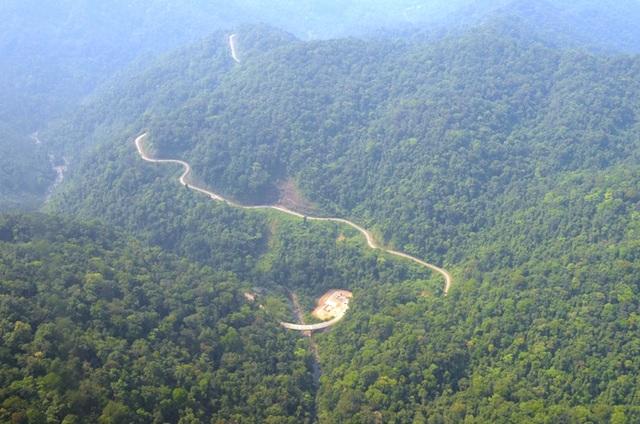 Một khu vực tại VQG Phong Nha - Kẻ Bàng nhìn từ trên cao (Ảnh: Đặng Tài)