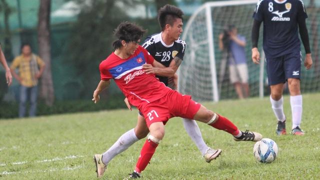 Vắng Xuân Trường, Tuấn Anh (27) đóng vai nhạc trưởng của đội tuyển Việt Nam (ảnh: Trọng Vũ)