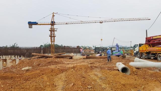 Công việc ngổn ngang, Dự án sẽ khó hoàn thành vào tháng 7 năm sau nên sẽ xin gia hạn thêm 1 năm đến 2019
