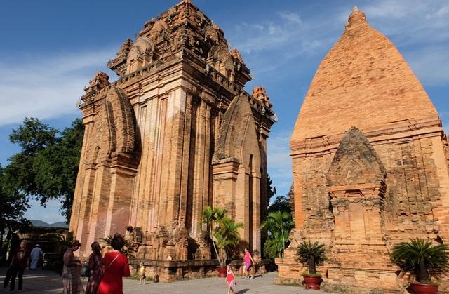 Công trình kiến trúc độc đáo ở khu Tháp Bà Ponagar đẻ lại ấn tượng về một điểm đến đẹp ở Nha Trang