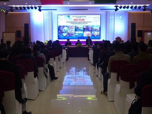 Hội nghị kết nối hoạt động du lịch Quảng Bình năm 2017 và triển khai nhiệm vụ năm 2018