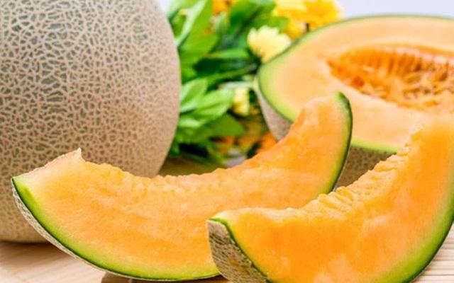 Loại dưa Yubari hiện đang được bán tại Việt Nam với giá khoảng 1,2-1,5 triệu đồng/quả