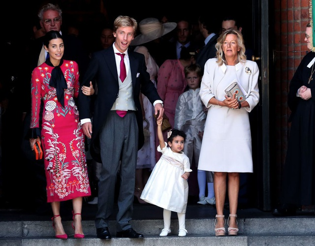 Hoàng tử Christian xứ Hanover, Đức ngày 26/11 đã kết hôn với bạn gái Alessandra de Osma (trái) - một người không xuất thân từ gia đình hoàng tộc. Công nương Alessandra de Osma là một nhà thiết kế thời trang kiêm người mẫu.