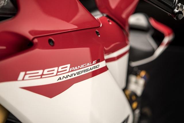 Ducati 1299 Panigale S Anniversario - Dấu ấn 90 năm - 5