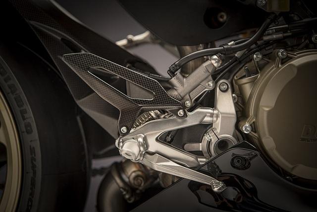 Ducati 1299 Panigale S Anniversario - Dấu ấn 90 năm - 13