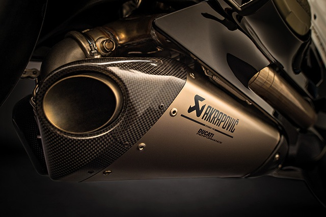Ducati 1299 Panigale S Anniversario - Dấu ấn 90 năm - 14