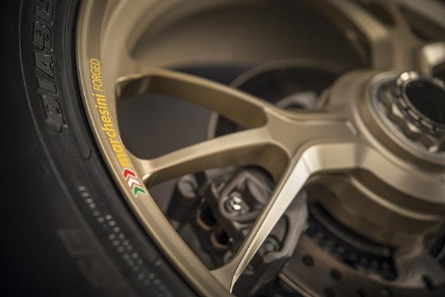 Ducati 1299 Panigale S Anniversario - Dấu ấn 90 năm - 12