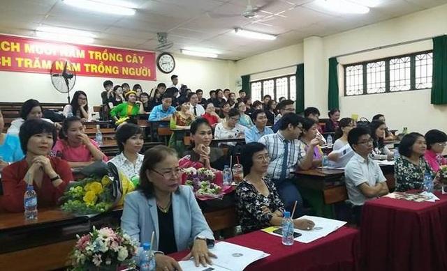 Hơn 40 giáo viên tham gia dự giờ tiết học liên môn Văn - Sử tại Trường THPT Lê Quý Đôn, TPHCM