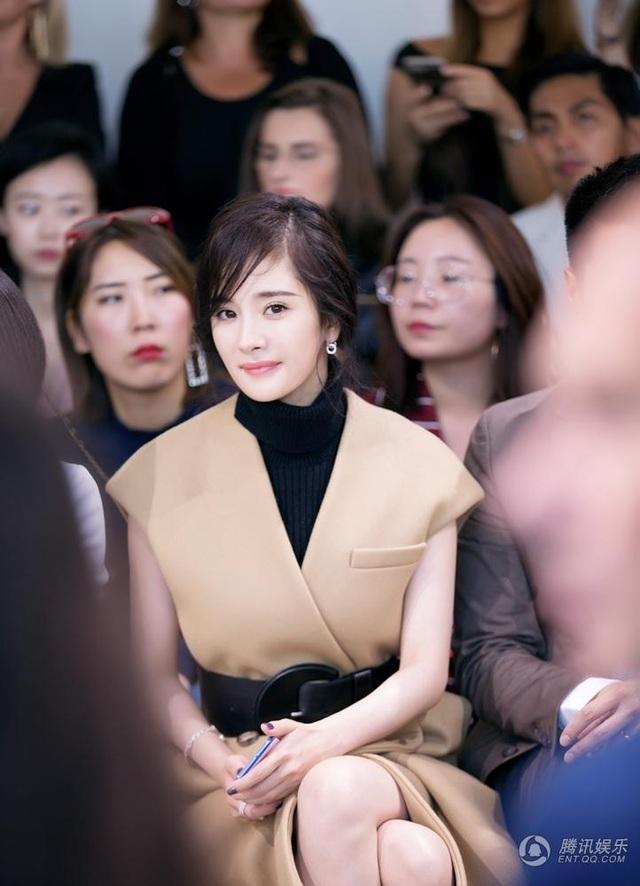 """Dương Mịch đẹp rạng ngời bên """"người tình màn ảnh"""" Triệu Hựu Đình - 3"""
