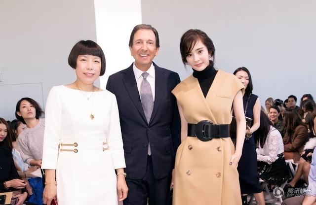 Dương Mịch vừa đón sinh nhật lần thứ 31 và ngày càng thành công, nổi tiếng. Cô góp mặt liên tục tại các sự kiện thời trang quốc tế trong vài năm trở lại đây.