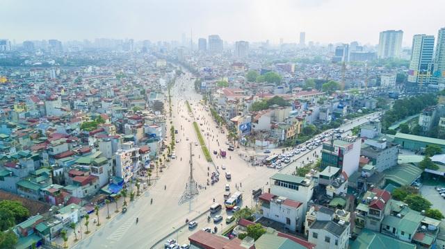 Dự án có điểm đầu nối với ngã tư Lò Đúc - Trần Khát Chân, điểm cuối giao với đê Nguyễn Khoái.