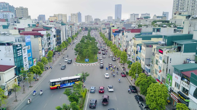 """Những tuyến đường đắt """"khét tiếng"""" của Hà Nội nhìn từ trên cao - 6"""