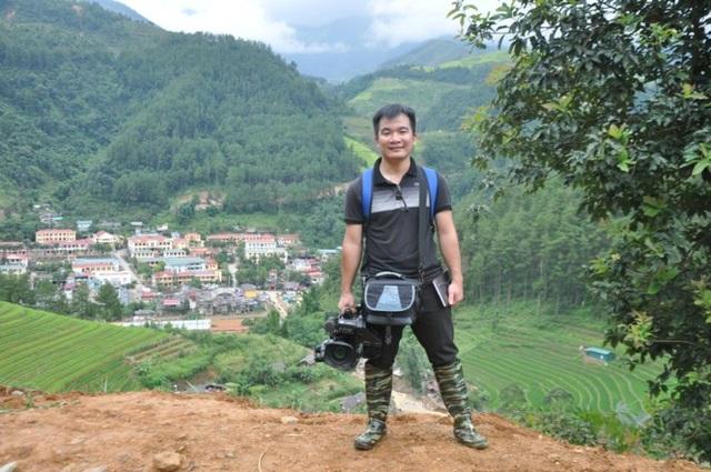 Phóng viên Đinh Hữu Dư