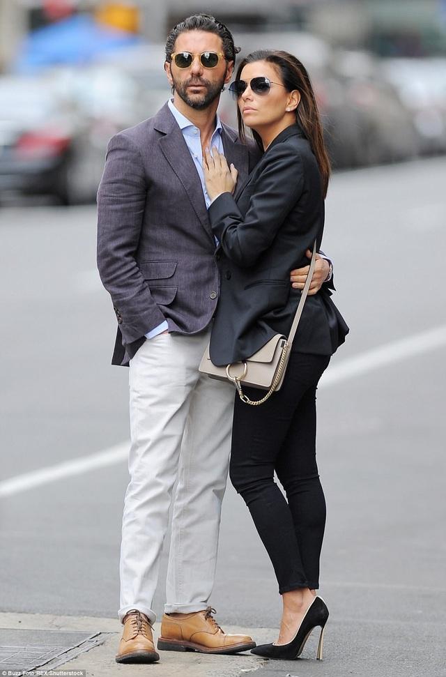 Eva và chồng - José Bastón - 1 đại gia trong lĩnh vực truyền thông