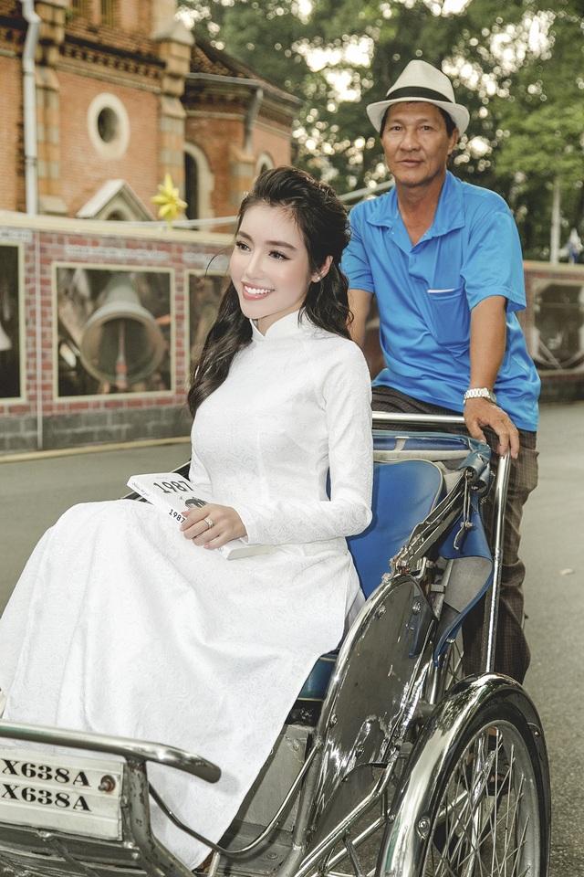 Ở độ tuổi phát triển quan trọng của các con, Elly Trần muốn dành hết tình yêu thương và sự chăm sóc kỹ lưỡng nhất. Bên cạnh đó, nữ diễn viên tập trung kinh doanh.