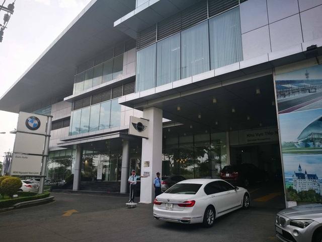 Sáng ngày 27/4, Trụ sở Euro Auto tại TPHCM gần như trong tình trạng ngừng hoạt động. Ảnh: Nguyễn Quang