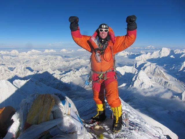 Chinh phục thành công đỉnh Everest là ước mơ của bất cứ vận động viên leo núi nào trên thế giới