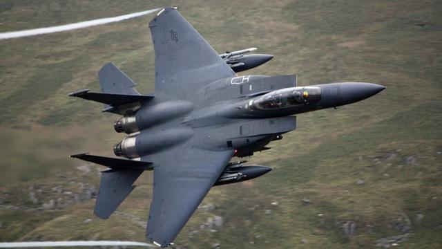 Máy bay F-15 của Mỹ (Ảnh: Youtube)