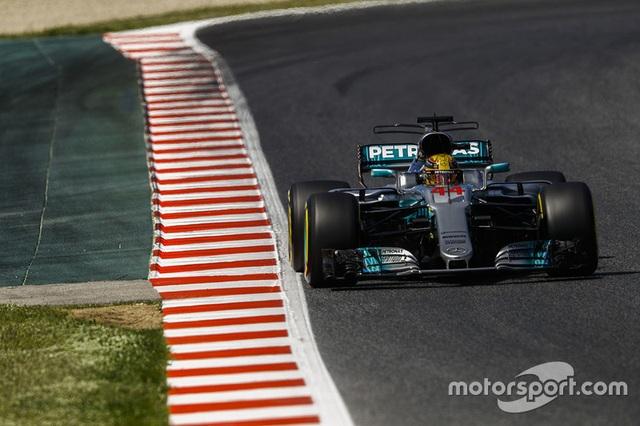 Vượt qua Vettel, Hamilton đăng quang tại Catalunya - 6