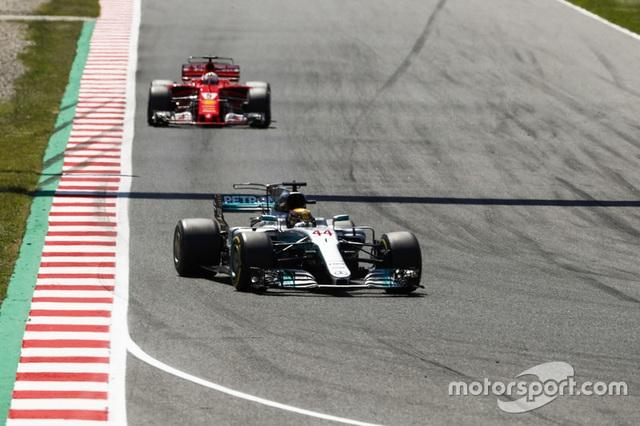 Vượt qua Vettel, Hamilton đăng quang tại Catalunya - 5