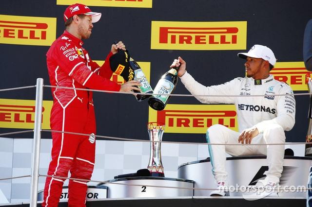 Vượt qua Vettel, Hamilton đăng quang tại Catalunya - 9